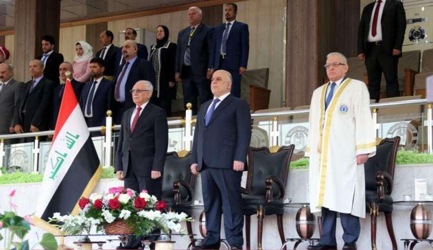 بحضور رئيس الوزراء جامعة بغداد تحتفل بتخرج الدورة الستين ووزير التعليم يكرم طلبتها الأوائل